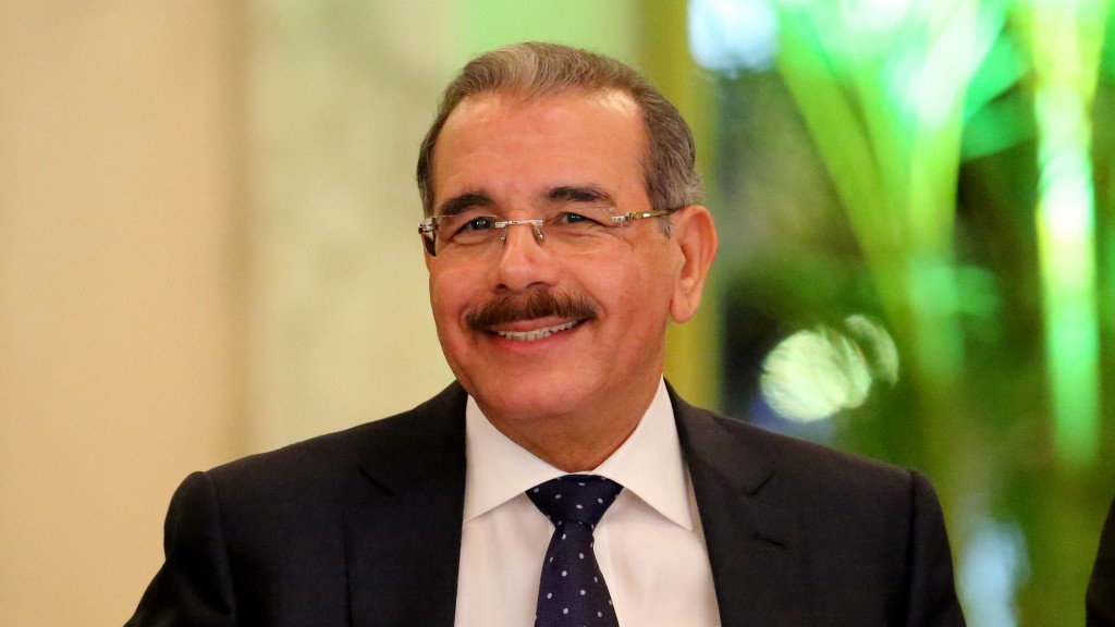 32 periodistas son pensionados por el presidente Danilo Medina