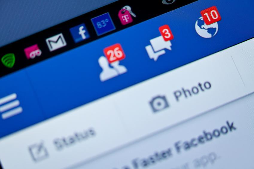 ¿Qué pasa con Facebook cuando una persona muere?