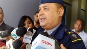 PN investiga incidente en que sospechosos despojaron de bulto a pasajero en autobús