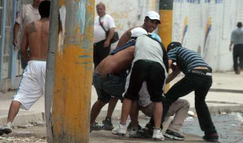 División PN advierte a jóvenes sobre peligros de pandillas