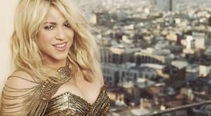 Shakira vuelve a lucir su abdomen en belly dancing