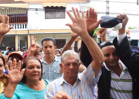 Familias protestan contra minera Barrick en Sánchez Ramírez