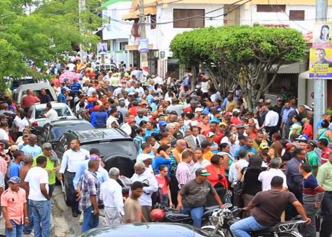 Protestan contra minera Barrick en Sánchez Ramírez