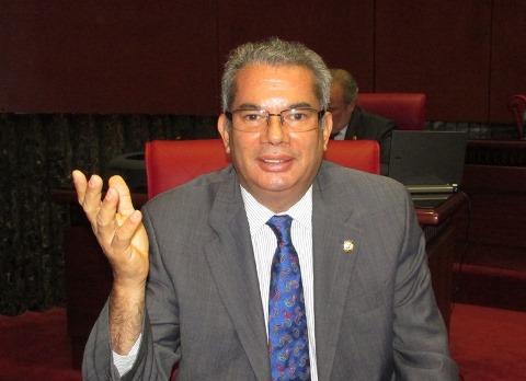 Senador Heinz Vieluf desmiente tiroteo a vivienda de su propiedad