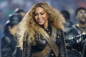 Beyoncé luego de presentarse en el mediotiempo del Super Bowl anuncia nueva gira mundial