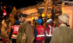 10 muertos y más de 130 heridos al desplomarse un edificio en Kenia