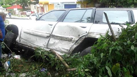Colisionan dos vehículos en carretera Sánchez- Nagua