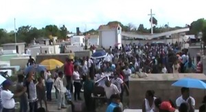 Sepultan joven fallecido en accidente en carretera Azua-Baní