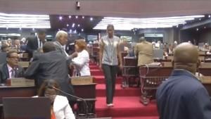 Legisladores retornan al Congreso tras 48 días sin sesionar