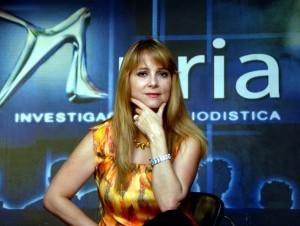 Nuria Piera, Periodista y abogada