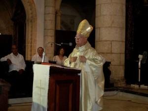 Monseñor Camilo celebró 50 años como sacerdote.
