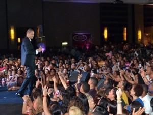 Víctor Manuelle durante su participación en el Latin Music Tour.