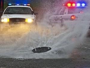 Inundación causada por una tormenta en Pacific Ave. el lunes, 18 de marzo del 2012 en Tacoma, Washington.