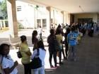 Largas filas para inscribirse en la UASD.