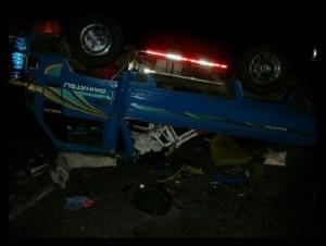 Camión, placa l113185, que transportaba a los evangélicos accidentados.