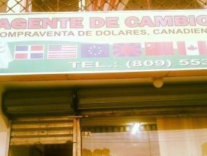 El robo ocurrió en la casa de cambio Moneró, ubicada en la calle Duarte casi esquina Pedro Guillermo.