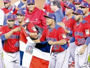 La República Dominicana tendrá en el montículo a Edinson Vólquez (37), quien enfrentará a Holanda.