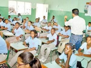 Los estudiantes son los más perjudicados por los paros de los profesores.