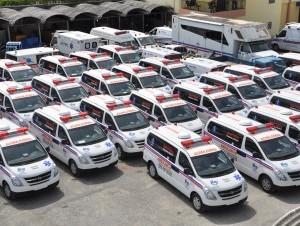 32 ambulancias entregadas por Salud Públicaa igual número de hospitales.