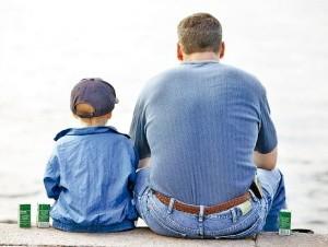 El vínculo afectivo entre  padre e hijo es vital para que el pequeño desarrolle una autoestima sana.