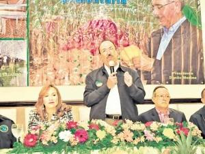 El equipo agropecuario del gobierno se reunió en Santiago.