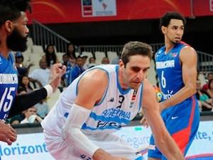 Argentina vs República Dominicana en Premundial de Baloncesto.