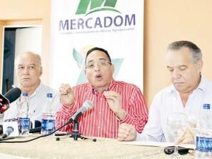 Eusebio Guzmán informó sobre las facilidades del Merca Santo Domingo.