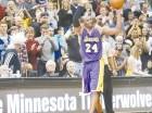 Minnesota le regaló a Kobe el balón con el que anotó el punto de superar a Jordan.