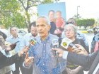 Claudio Caamaño encabezó la vigilia para pedir justicia.