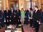 Danilo Medina junto a un grupo de representantes del Foro de Presidentes y Presidentas de Poderes Legislativos de Centroamérica y la Cuenca del Caribe (FOPREL)