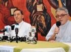El cardenal Rubén Salazar Gómez, a la izquierda, y monseñor Carlos Collazzi.