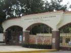 Puerta sur de la UASD en la Alma Mater esquina Correa y Cidrón.