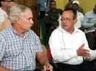 Ángel Estévez y Michael Scuse, del USDA.