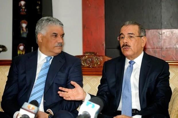 Danilo Medina recibió el apoyo de Miguel Vargas para pasar la reelección.