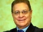 José Reinhart.