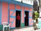 En esta casa, el visitante puede degustar café, cacao y frutas tropicales  cosechadas en el patio.