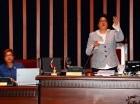 Cristina Lizardo dirige la sesión de ayer en el Senado.