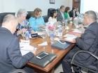Los incumbentes de Salud, Aduanas y la Procuraduría reunidos ayer.