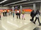 Usuarios en estación Freddy Beras Goico disgustados por inconvenientes.