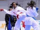 La dominicna Ana Villanueva durante su combate contra la chilena Gabriela Bruna. Villanueva conquistó oro en karate.