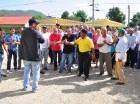 Protesta en demanda de obras