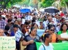 LA VEGA. Envejecientes y madres solteras recorrieron varias calles de La Vega, en una marcha que concluyó en la gobernación provincial, para demandar su incorporación a la seguridad social. En la gobernación entregaron una misiva al representante del