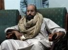 En esta imagen de archivo, tomada el 19 de noviembre de 2011, Seif al-Islam tras su captura a manos de combatientes revolucionarios en Zintan. (Foto AP/Ammar El-Darwish, archivo)