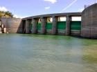 La presa de Tavera está en niveles bajos por la sequía.