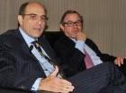 José Luis de Ramón y el director de Impuestos Internos, Guarocuya Féliz.