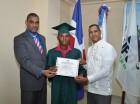 Uno de los graduados en emprendimiento en proyecto del Ministerio de Trabajo.