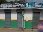 Banca de lotería cerrada en Dajabón.