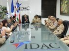 Durante la firma del convenio entre el IDAC y el Ejército.