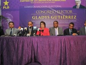 Integrantes de la Comisión Electoral ofrecen detalles del acto del domingo.