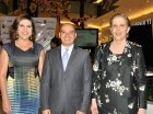Theresa Sullivan, Franklin Avendaño y Carmen Larrea.